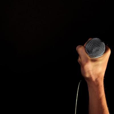audio-concert-hand-33779